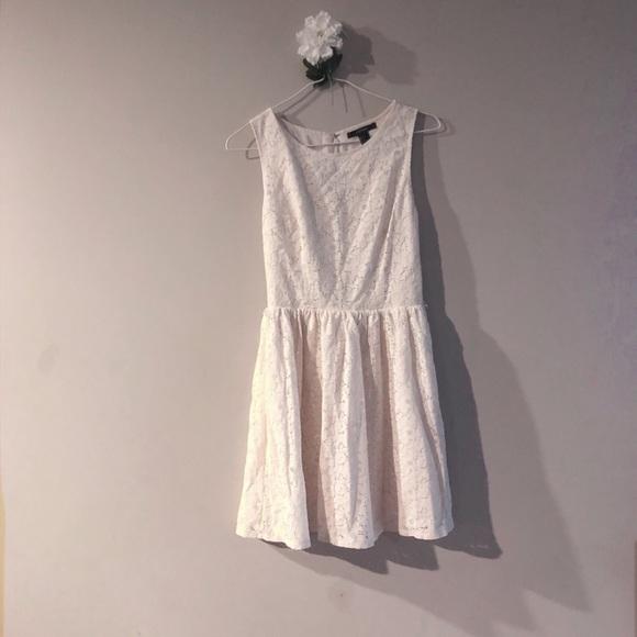 Forever 21 Dresses & Skirts - F21 sleeveless white dress